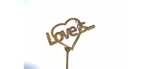 Топпер LOVE IS
